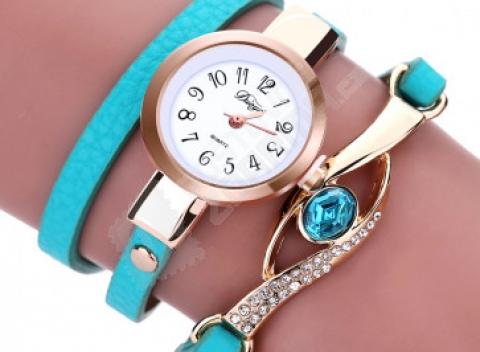Dámske viacvrstvové hodinky s ozdobnými kamienkami 42f3586b34