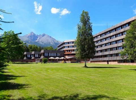 cddc20a4df V tichom prostredí nádhernej prírody Tatranskej Lomnice na vás čaká  komfortný Hotel Sorea Titris  . Vysoké Tatry Pobyty na Slovensku