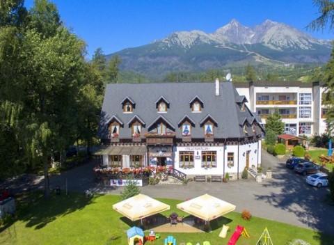 d7f0bb612 Dovolenka v centre Tatranskej Lomnice s wellness, stravou a výbornou  polohou v penzióne Encián.