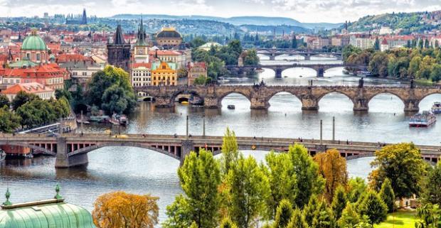 Pobyt v samom srdci Prahy na majestátnom Václavskom námestí. Luxusná dovolenka pre dvoch s ubytovaním v 4* hoteli Jalta.