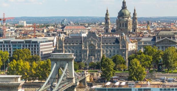 Čo poviete na výlet do Budapešti s ubytovaním v štýlovom štvorhviezdičkovom hoteli s neobmedzeným wellness? Pobyt pre dvoch na 2 / 3 noci.