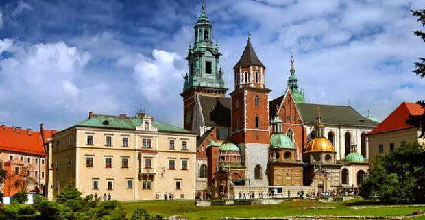 Preskúmajte tie najkrajšie a najzaujímavejšie miesta Poľska s výhodným ubytovaním a polpenziou v hoteli Comfort Express*** pri Krakove.