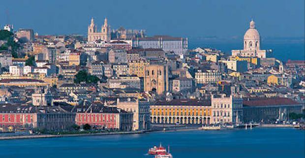 Navštívte hlavné mesto Portugalska - Lisabon a spoznajte jeho krásy. Pobyt pre dvoch v elegantnom 3* Hoteli Miraparque s raňajkami.