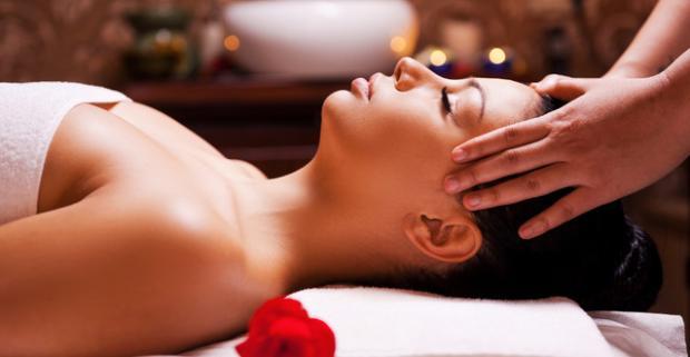 Nechajte sa unášať vôňou ďalekej exotiky v raji oddychu a relaxu vďaka 100-min. zmyslovému balíčku v Ayurasan massages & relax centre.