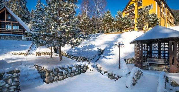 Pobyt v Tatranskom národnom parku, s polpenziou, vstupom do sauny a vírivky a 1 dieťa úplne zadarmo v horskom Hoteli Orešnica***, Pribylina.