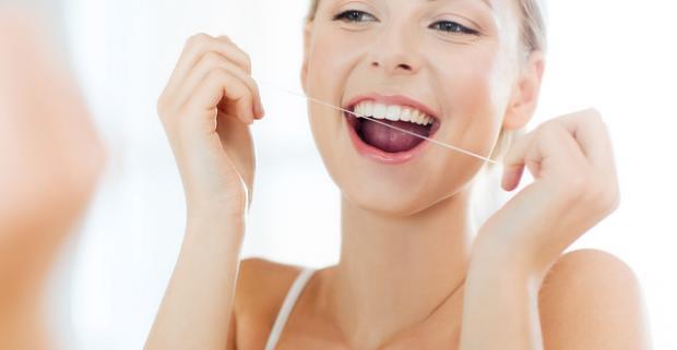 Dentálna hygiena s rýchlym objednaním - už žiadne kazy vďaka prevencii. Odstránia vám nečistoty a naučia vás správne sa starať o svoje zuby.