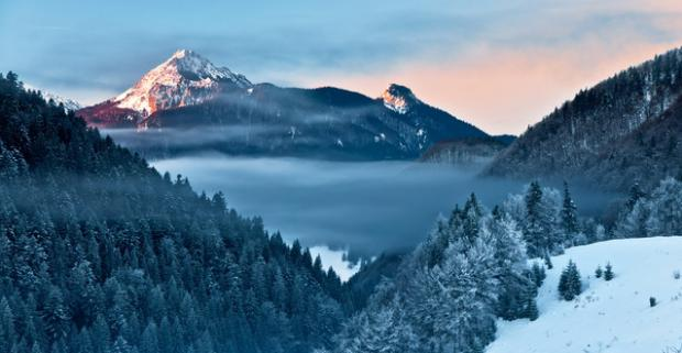 Perfektná zimná dovolenka v Malej Fatre s ubytovaním v Hoteli Junior Piatrová**. Čaká vás chutná polpenzia a zľavy na skipas.