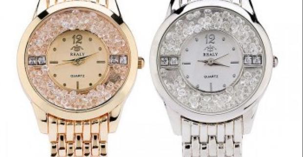a0301e894 Luxusné a elegantné dámske hodinky s presýpacími kamienkami ako jedinečný  módny doplnok pre každú príležitosť.
