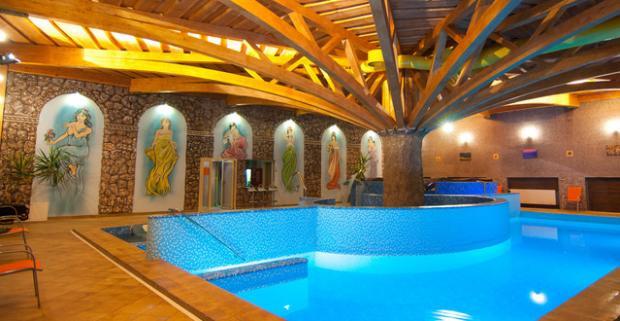 Doprajte si dokonalý relax a odpočinok. 4-hodinový vstup do Hradného wellness pre 2 osoby v obľúbenom penzióne Predná hora.