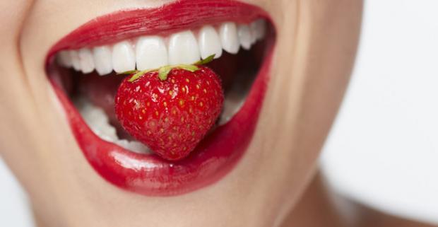 Chráňte svoje zuby, máte predsa iba jedny. Kompletná dentálna hygiena, odstránenie zubného kameňa, pieskovanie, fluoridácia a inštruktáž.