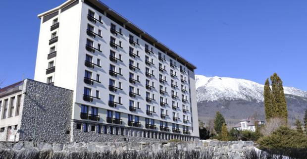 Ideálna zimná dovolenka v Hoteli Granit Tatranské Zruby*** s polpenziou a Gopassmi do ski centier Tatranská Lomnica či Štrbské Pleso.