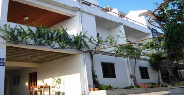 Vyrazte za odychom na nádhernú Makarskú riviéru v Chorvátsku. Komfortné ubytovanie v mestečku Tučepi, neďaleko mora vám poskytne Izba Josip.