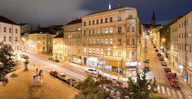 Spoznajte krásy a pamiatky stovežatej Prahy. Pobyt pre dvoch s raňajkami na 3-4 dni v 3* hoteli Dalimil v Prahe na Žižkove.