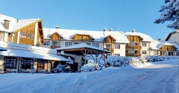 Rodinná dovolenka plná lyžovania a oddychu vo wellness na vás čaká v rakúskom 3* Hoteli Almresort Gerlitzen pri skiareáli Gerlitzen Alpe.