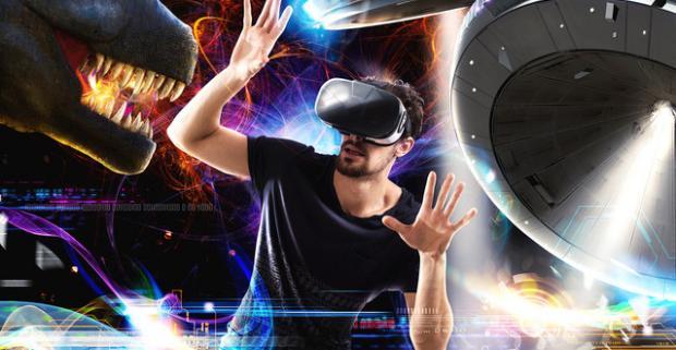 Zažite virtuálnu realitu na vlastnej koži – možnosť hry pre dvoch naraz. Nechajte sa obklopiť svetom virtuálnej reality.