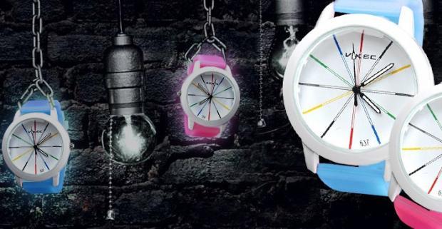 Dámske fosforové hodinky. Sú vašou vášňou originálne kúsky a jedinečné módne doplnky? V tom prípade sa do týchto hodiniek hneď zamilujete!