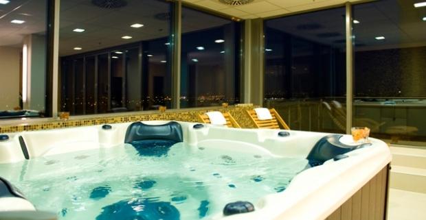 Komfortný pobyt v Budapešti v 4* Expo Congress Hoteli Budapest pre 2 osoby s neobmedzeným vstupom do wellness a fitness, s polpenziou.