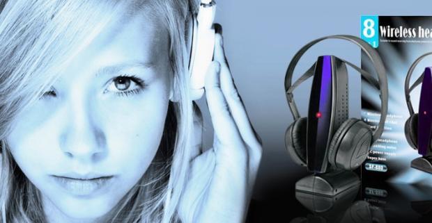 Bezdrôtové slúchadlá 8 v 1. Môžete ich použiť na počúvanie zvuku z MP3 prehrávačov, počítača, televízie či DVD prehrávačov.