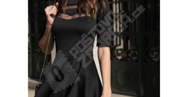 Originálne dámske čierne šaty s priehľadnými miestami 86d357be3ec