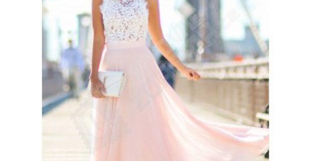 2f2a05df96f9 Krásne dlhé šaty s čipkovaným vrškom a ružovou sukňou pre všetky romantické  dámy.