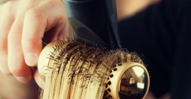 Kompletné vlasové balíčky pre dámy alebo pre pánov aj so strihaním brady a  fúzov. 528077ffb68