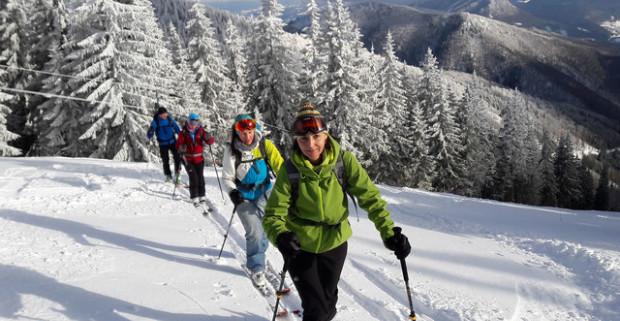 21d9a6a99c Vyskúšajte skialpinizmus pod dohľadom horského sprievodcu s kompletným  vybavením vo Veľkej Fatre.