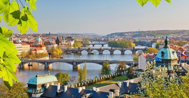 Vydajte sa objavovať jedno z najkrajších miest v Európe - Prahu. Pobyt vo dvojici v štýlovom 4* hoteli Galerie Royale v centre mesta.