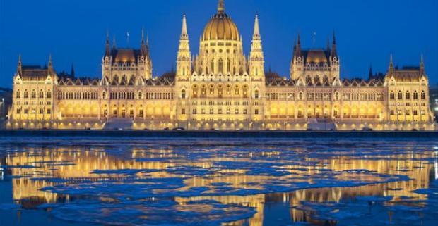 Neváhajte a poďte spoznať nádherné mesto Budapešť, kde sa môžete ubytovať v krásnom hoteli Pólus***. Príďte si pozrieť krásy tohto mesta.