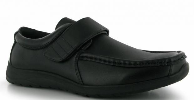 3efbb76692 Chlapčenské elegantné topánky značky Giorgio Bexley. Pohodlná obuv  mestského štýlu vhodná do školy či na spoločenské príležitosti.